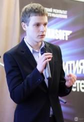 Интервью с Константином Леоновичем: «Я перестал обращать внимание на отзывы в интернете».