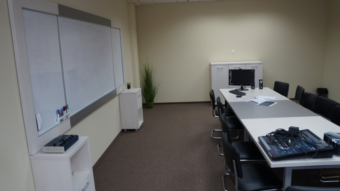 переговорная в офисе nix solutions